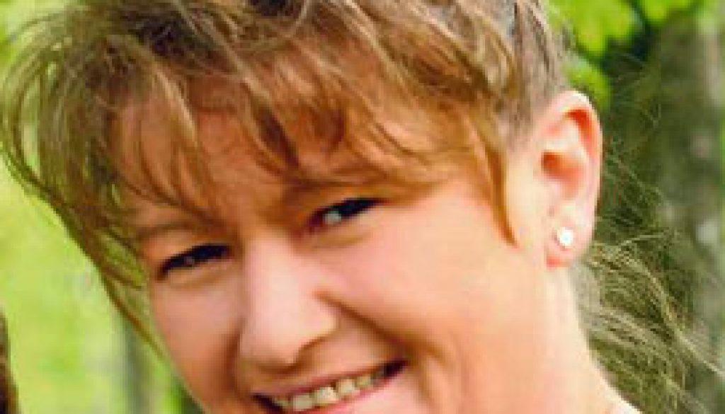 Bobbi Lynne Tipton